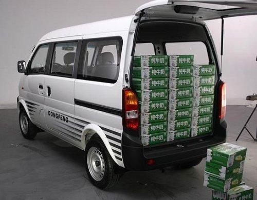 东风日产商务面包车