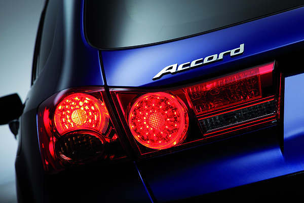 快讯 2009年式全新欧规大改款HONDA Accord即将在日内瓦...