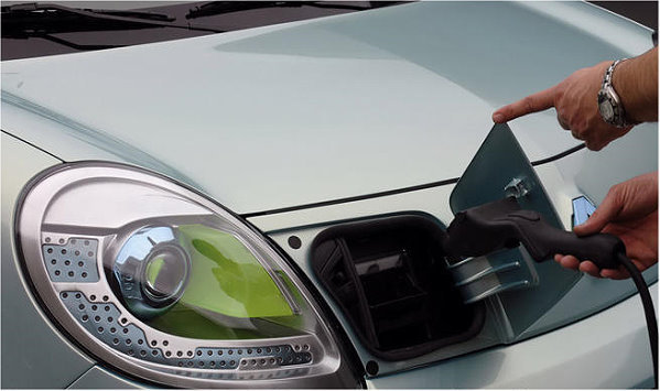 雷诺全新Kangoo bebop Z.E.将会在2012年量产