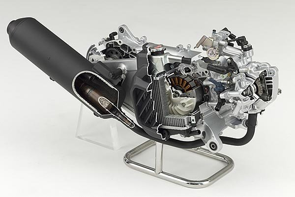 以征服全球为目标,honda发表全新125c.c. 水冷单缸引擎高清图片