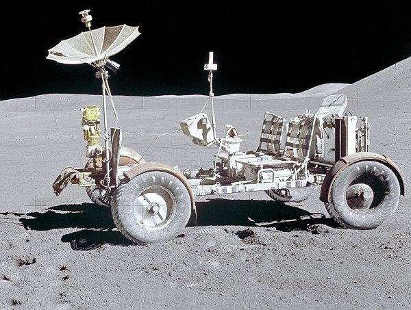 月亮标志的车
